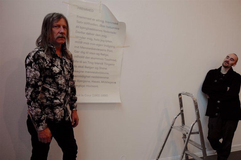 Trondhjemmer og billedhugger Erlend Leirdal åpner i kveld sin første utstilling i hjembyen på 10 år.